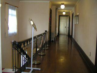 久遠寺邸2階廊下
